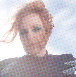 Sophie Rimheden i blått